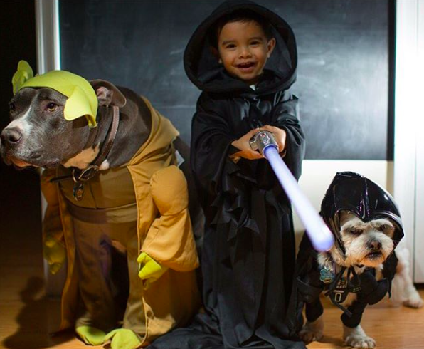 Ethaniel and Caylao, dressed up as Star Wars