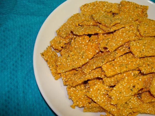 Quinoa Crisps with Salmon